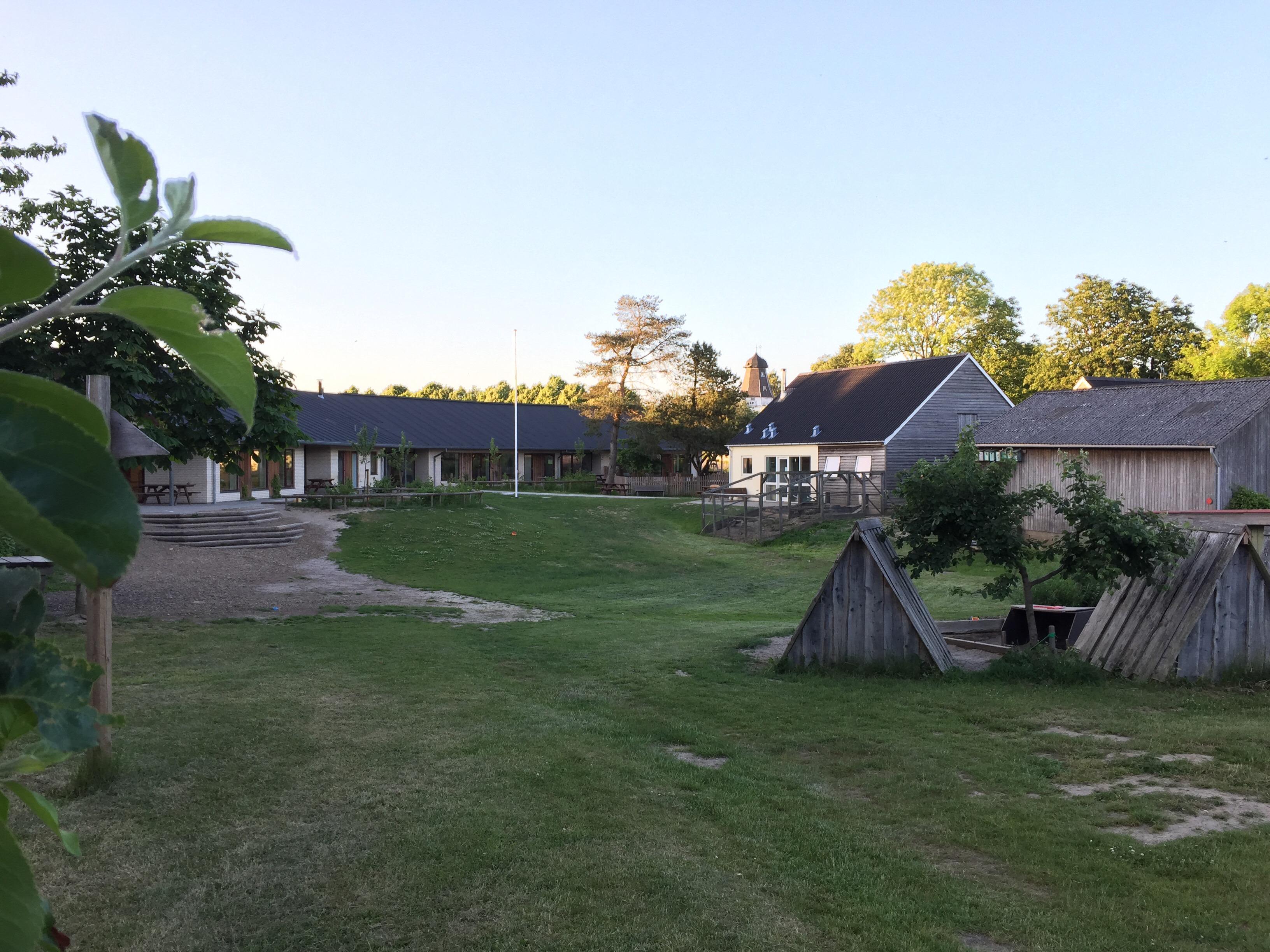 Overmarksgården byder på godt børneliv